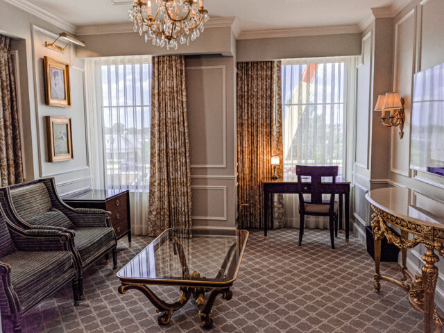 Hotel Carmichael Guestroom Sitting Area