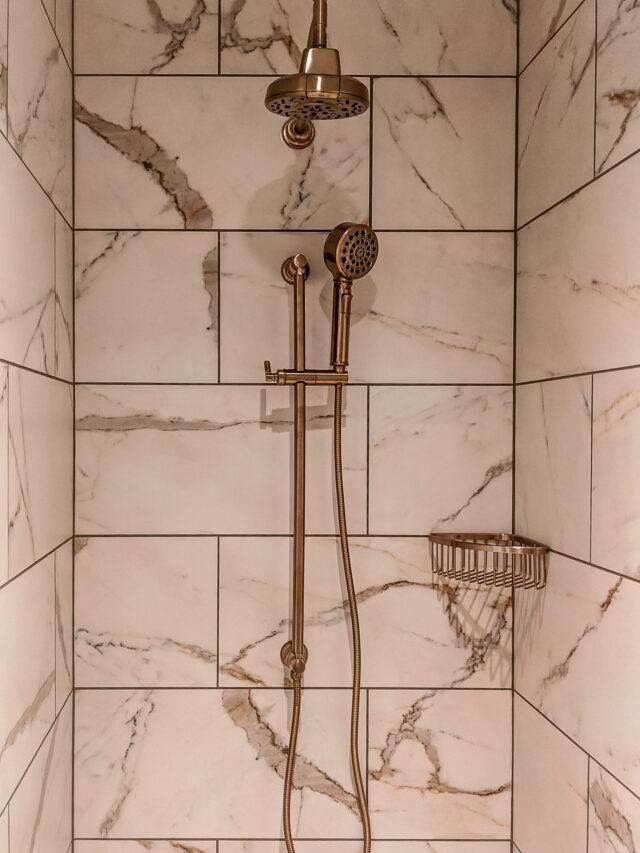 Hotel Carmichael Shower