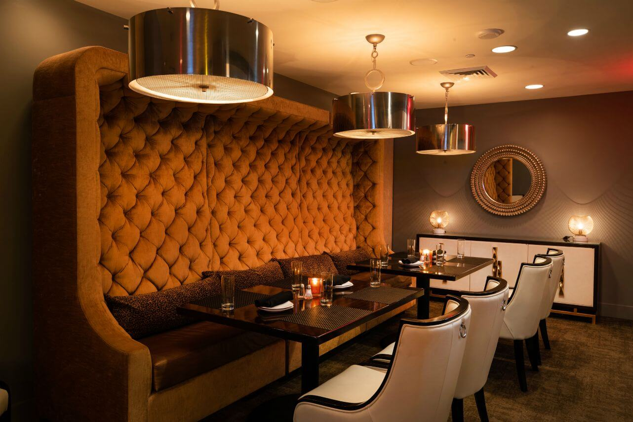 Dining room of Reserve Restaurant & Lounge in Kansas City